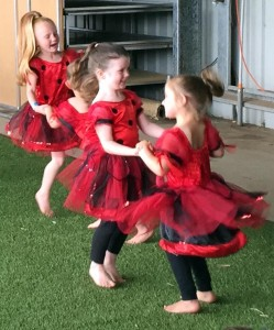 Casterton little dancers